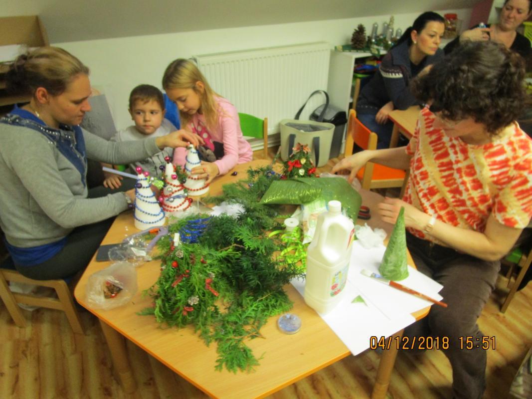 Mikuláš, Tvoření s rodiči 339