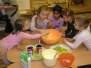 Pečení posvícenských koláčků